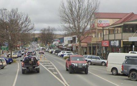 8 Warm Corner Rd, Cooma NSW