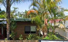 4 Raymond Avenue, Bundall QLD
