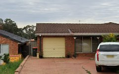 8 Mersey Close, Bossley Park NSW
