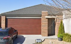 6 Ventasso Street, Clyde North VIC