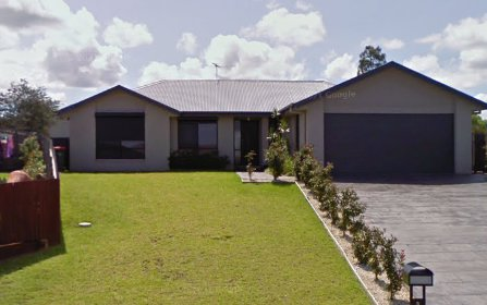 3 Clark Close, Singleton NSW 2330