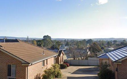 2/5 Dees Cl, Bathurst NSW