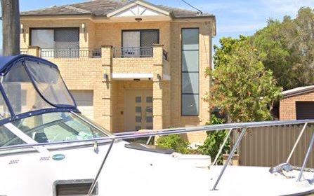 16 Como St, Merrylands West NSW 2160