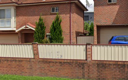 13/4 Roberts Rd, Greenacre NSW 2190