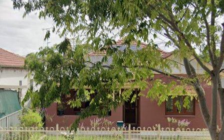 21 Ferguson Av, Wiley Park NSW 2195