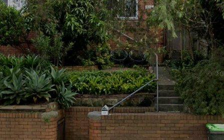 11 Bray Av, Earlwood NSW 2206