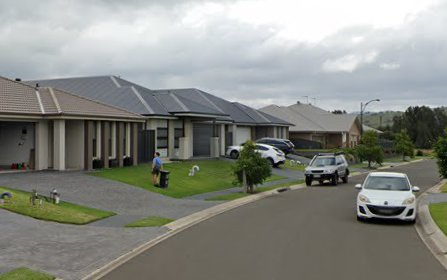 6 Eastpoint Avenue, Haywards Bay NSW