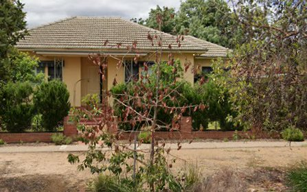 51 Heath Street, Turvey Park NSW 2650