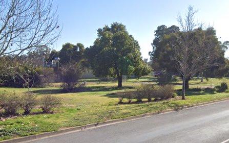 204 Federation Ave, Corowa NSW