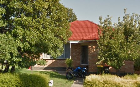 494 Hague Street, Lavington NSW