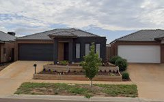 52 Toolern Waters Drive, Melton South VIC