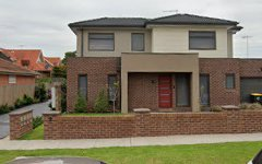 4/3 Riverside Avenue, Avondale Heights VIC