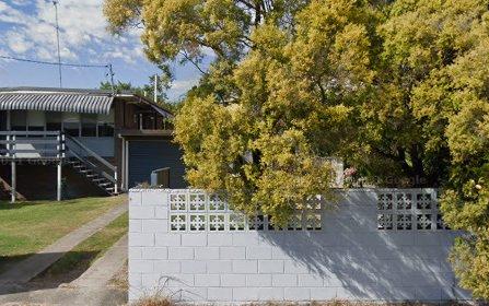 94 Benowa Rd, Southport QLD