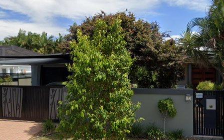 129 Santa Cruz Boulevard, Clear Island Waters QLD 4226