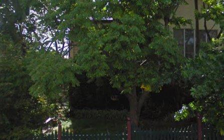 8 Albert Street, Maitland NSW