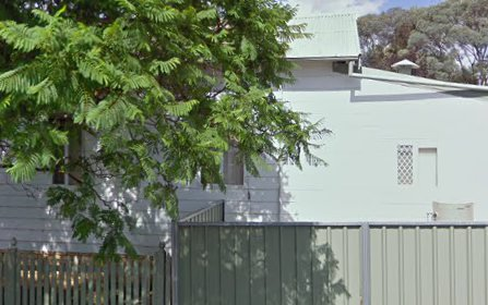 13 Medlyn Street, Parkes NSW 2870