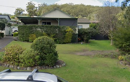 20 Edgewater Av, Green Point NSW 2428