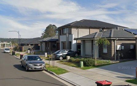 10 Moola Street, Jordan Springs NSW