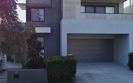 38 Greenbank Dr, Blacktown NSW 2148