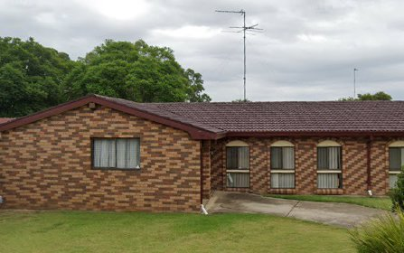 4 Heron Crescent, St Clair NSW