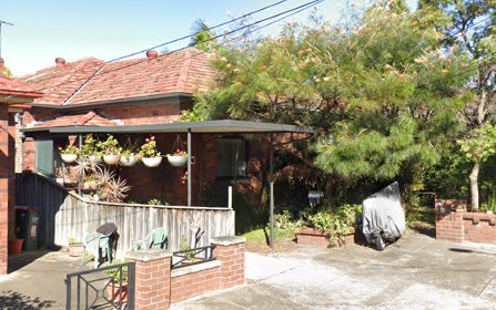 8 Jocelyn Av, Marrickville NSW 2204