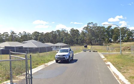 27 McGuiness Ave, Middleton Grange NSW