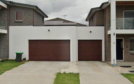 33 Junction Rd, Moorebank NSW 2170