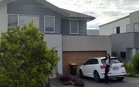 18 Attunga Av, Moorebank NSW 2170