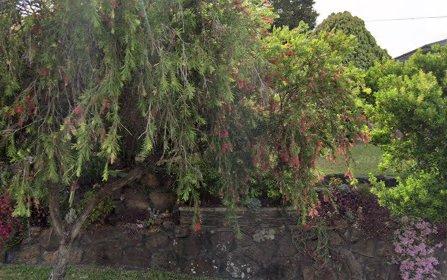 3 Karen Av, Picnic Point NSW 2213