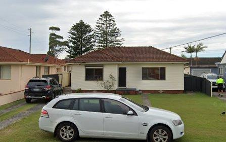 7 Oaklands Avenue, Windang NSW