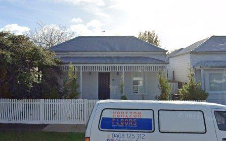 16 Lawton Av, Geelong West VIC 3218