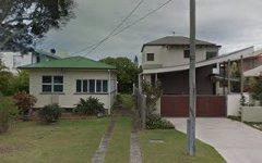 8 Third Avenue, Scarborough QLD