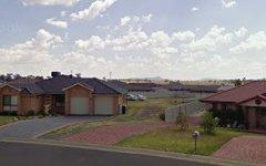 33 Gilbert Drive, Westdale NSW