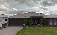 32 Dundale Crescent, Estella NSW