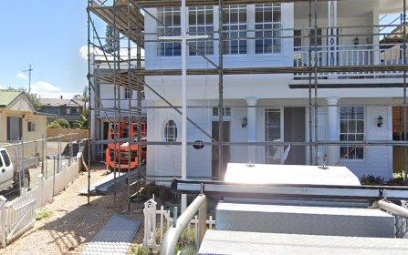 11 Illaroo Rd, Lake Cathie NSW 2445