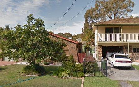 16 Buckingham Rd, Berkeley Vale NSW 2261