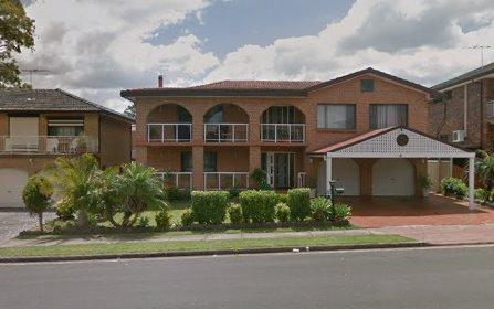 7 Watts Pl, Prairiewood NSW 2176