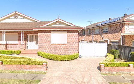 3 Lindeman Cr, Green Valley NSW 2168
