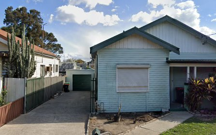 62 Benaroon Rd, Lakemba NSW 2195