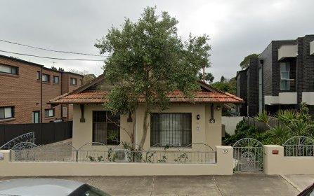 10 Narani Crescent, Earlwood NSW 2206