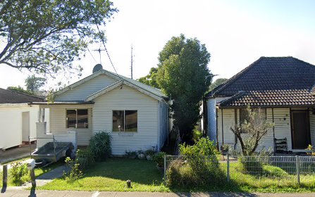 11 Defoe St, Wiley Park NSW 2195