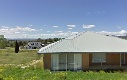 10 East Camp drive, Cooma NSW