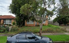 30 Rogerson St, Avondale Heights VIC