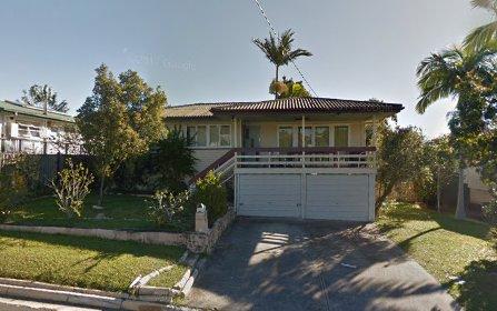 17 Mabel Av, Southport QLD 4215
