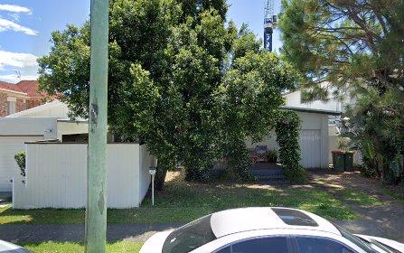 21 Twenty Seventh Avenue, Palm Beach QLD 4221
