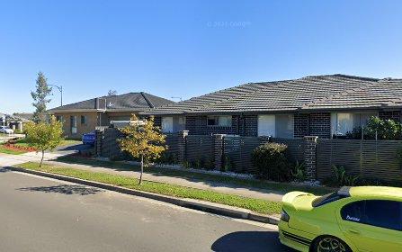 83 Sinclair Pde, Jordan Springs NSW 2747
