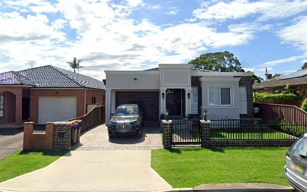 9 Como Rd, Greenacre NSW 2190