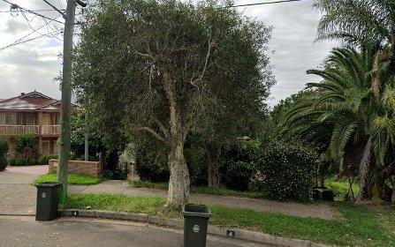 4 Forrest Av, Earlwood NSW 2206