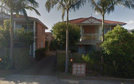 8/30-32 Albion Street, Roselands NSW