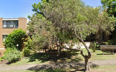 3/11 Hampton Court Rd, Carlton NSW 2218